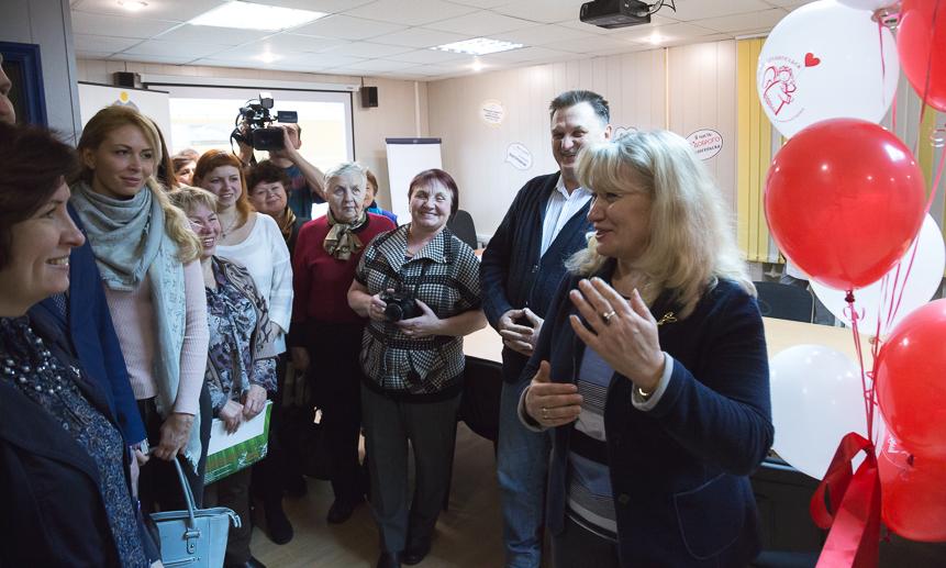 Марина Михайлова встречает гостей.